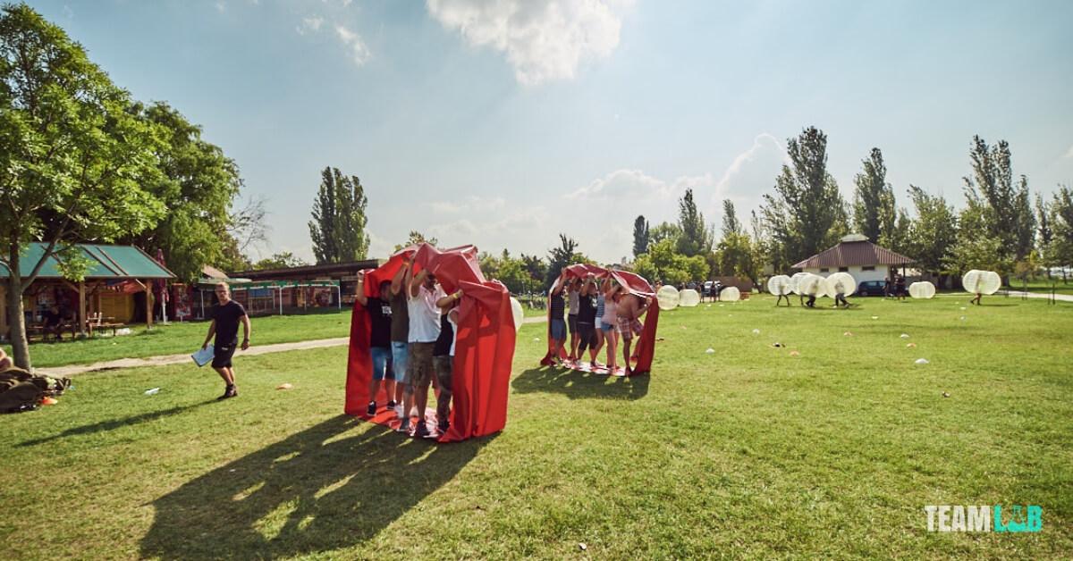 outdoor csapatépítés